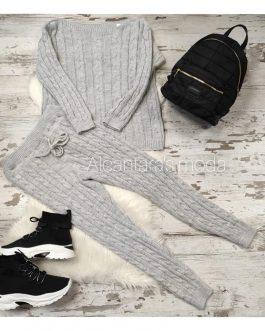 Conjunto jersey y pantalón de punto mujer