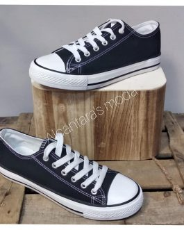 Zapatilla lona color negro