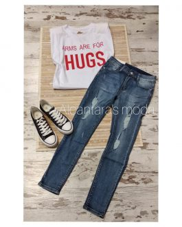 Camiseta hombreras «ARMS ARE FOR HUGS»