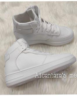 Zapatilla bota deportiva blanca