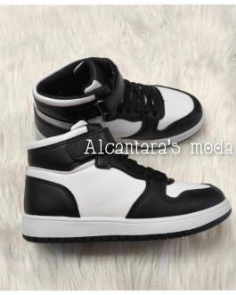 Zapatillas bota blanca y negra niñ@s